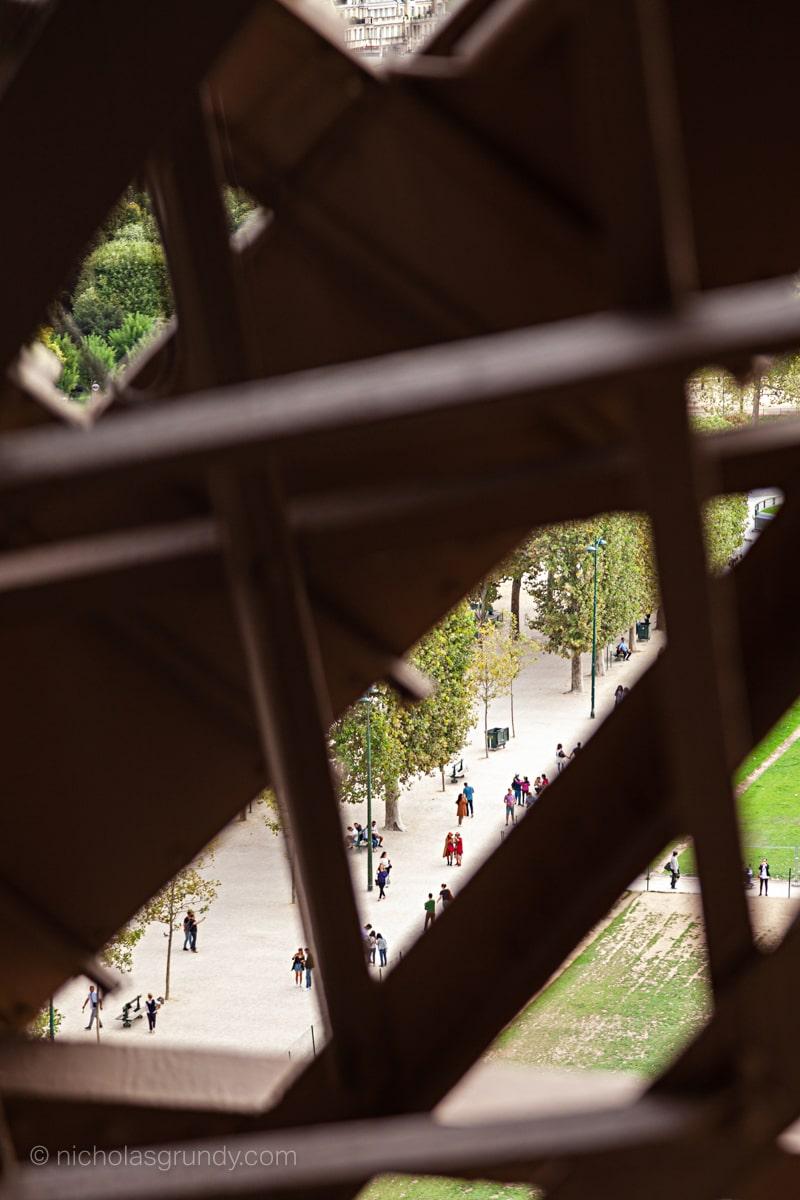 Paris Tourists Eiffel Tower Photo