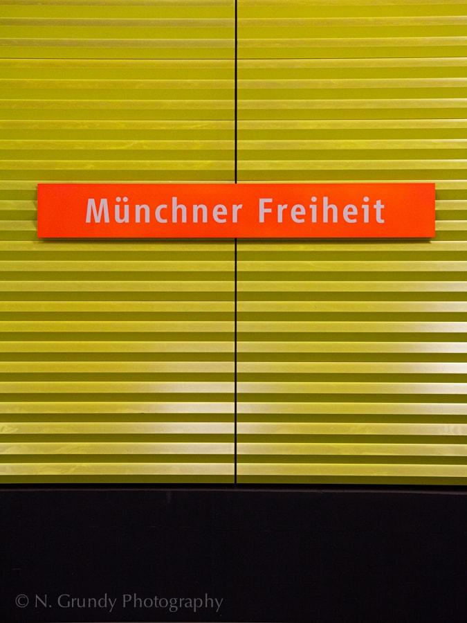Muenchner Freiheit UBahn