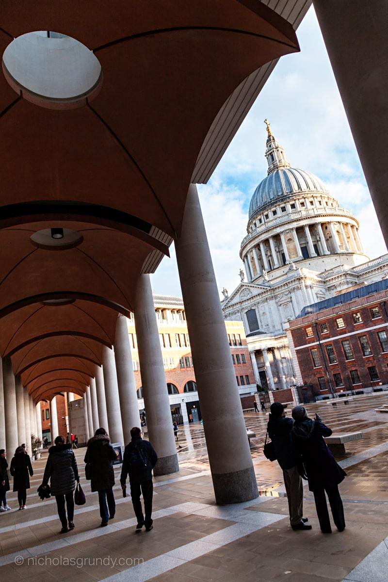 St. Paul's Tilt Photo London